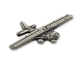 Cessna 152 Airplane Pin - Silver