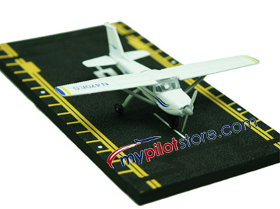 Cessna 172 Hot Wings Die-Cast Airplane
