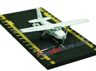 Cessna 172 Hot Wings Die-Cast Airplane
