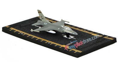 F-16 Fighting Falcon Hot Wings Die-Cast Airplane