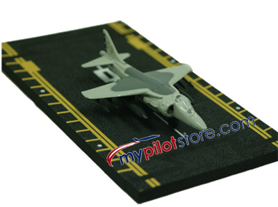 AV-8B Harrier Hot Wings Die-Cast Airplane