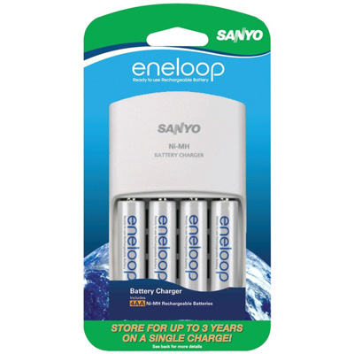 Sanyo eneloop Battery Charging Kit with 4-Pack of AA Rechargeable 1900 mAh Batteries