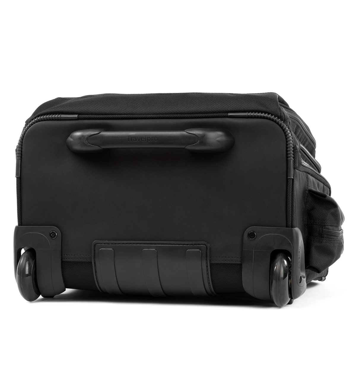 Travelpro FlightCrew5 Horizontal Rolling Overnighter ...